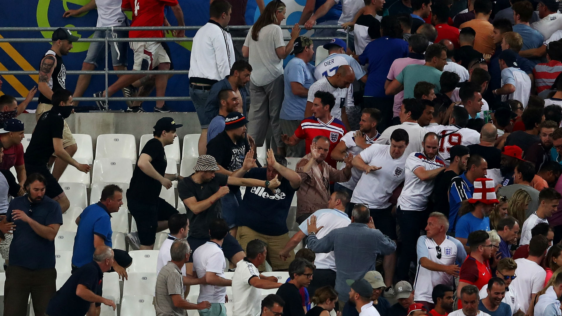 England Russia Euro 2016 fans hooligans