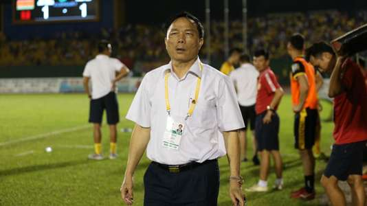 (V.League) Lãnh đạo tỉnh Thanh Hóa yêu cầu bầu Đệ rút công văn bỏ giải | Goal.com