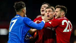 Robertson Ayozo Perez Liverpool Leicester City Premier League 2019/2020