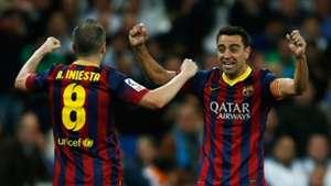 Barcelone - Iniesta évoque la possibilité d'entraîner le club avec Xavi