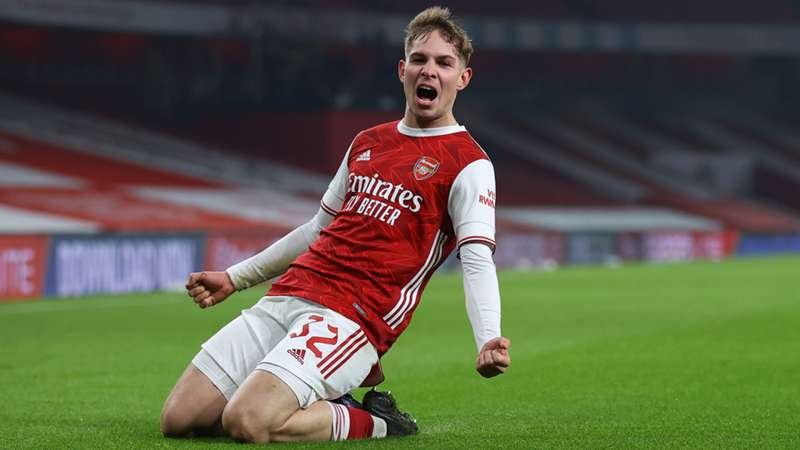 [Image: emile-smith-rowe-arsenal-2020-21_1u133e4...y=60&w=800]