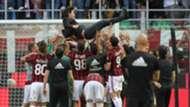 Vincenzo Montella Milan celebrating Serie A