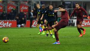 Diego Perotti scoring on penalty Inter Roma Serie A 26022017