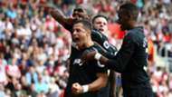 chicharito festejo west ham