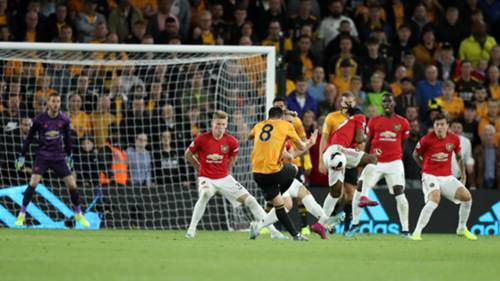 Ruben Neves Wolves Manchester United