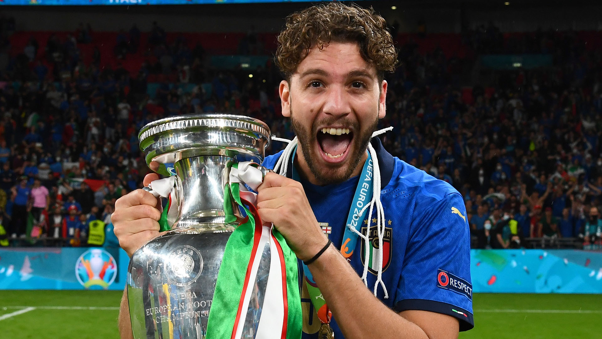 Juventus step up efforts to land Locatelli as more talks held with Sassuolo