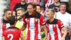 Jannik Vestergaard FC Southampton Manchester Untied 31082019