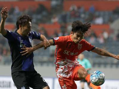 Afc Champions League 2017 Roundup Al Ahli Esteghlal Khouzestan And Kawasaki Frontale Among The Qualifiers Goal Com