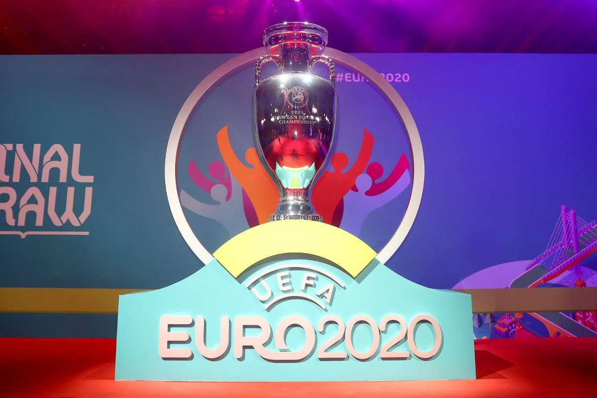 OFFICIAL: เลื่อนยูโร 2020 ไปจัดปี 2021