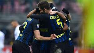 Inter celebrating vs Empoli