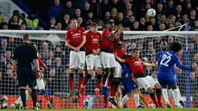 Willian Chelsea Manchester United free kick