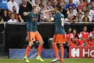 Donny van de Beek Dusan Tadic Ajax 2/10/19