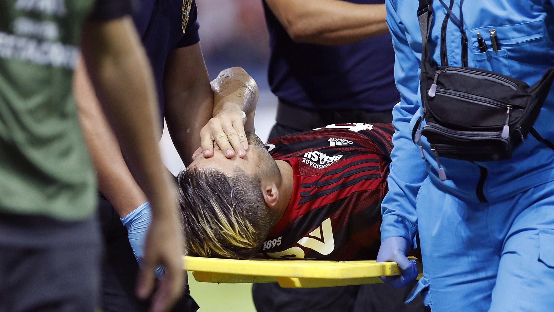 Diego lesão Emelec Flamengo Libertadores 24072019
