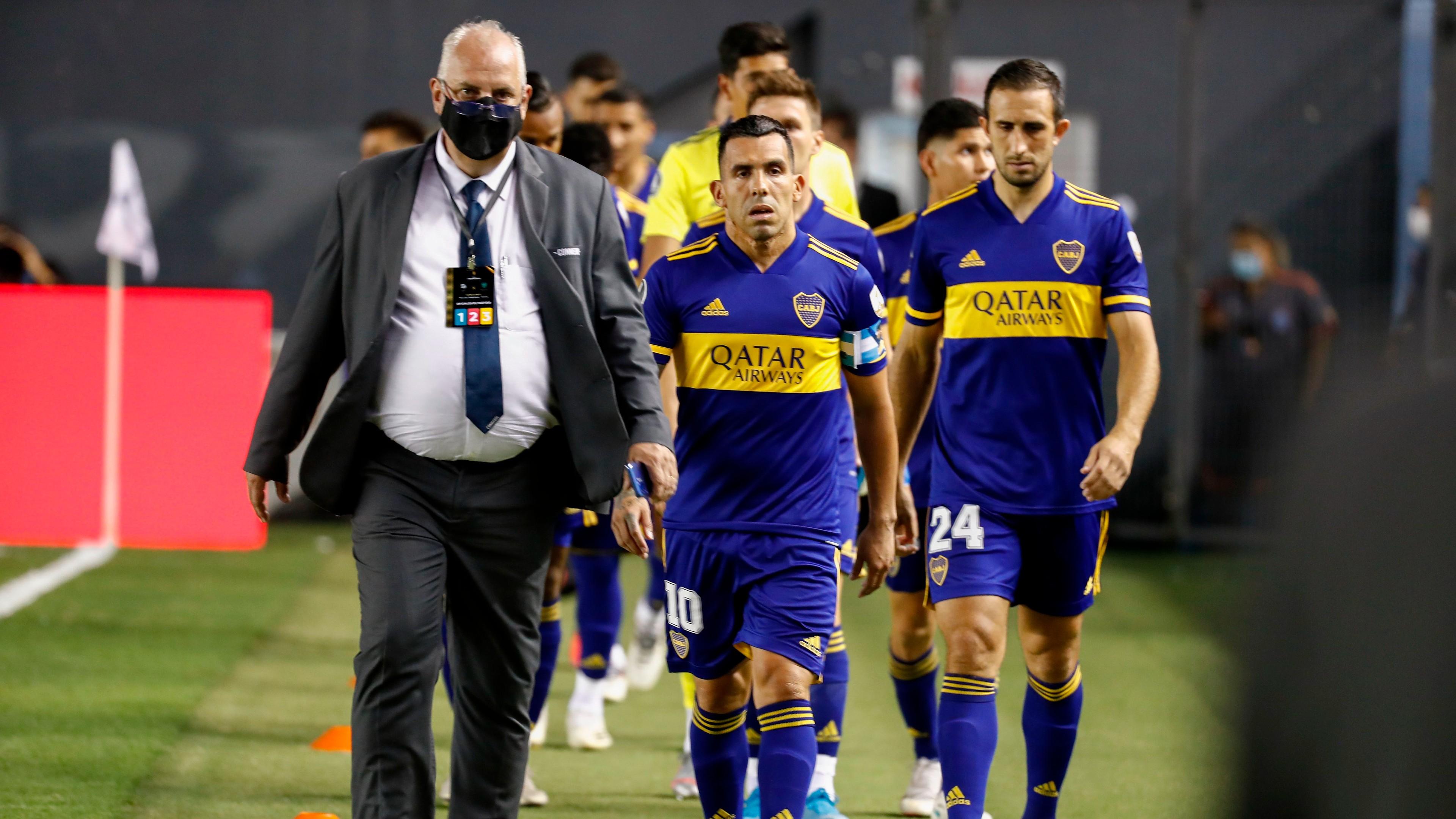 Resultado de imagen de jugadores de boca frente al consejo de su propio club