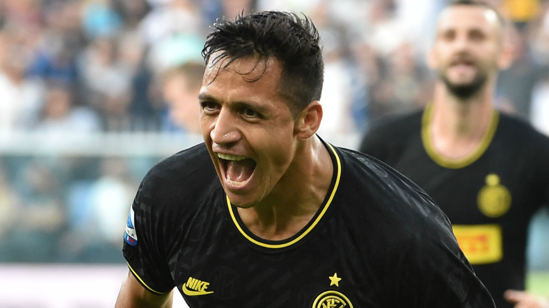 Alexis Sanchez Is The New Balotelli Man Utd Flop Goes From Hero To Zero On Full Inter Debut Goal Com