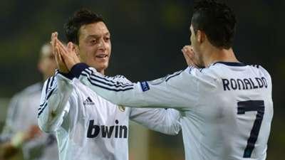 Cristiano Ronaldo Mesut Özil Real Madrid