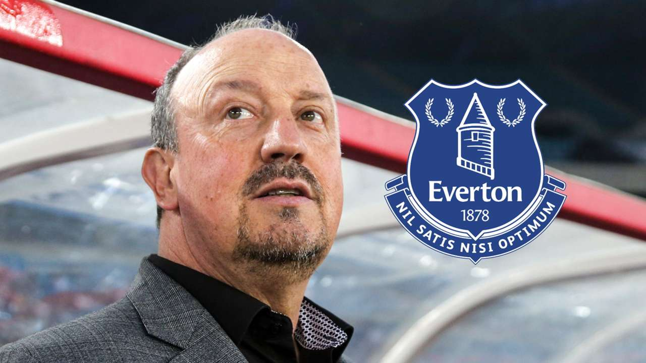 Rafa Benitez, Everton badge