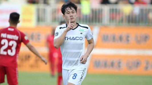 Tiền vệ Trần Minh Vương: 'Dành cả thanh xuân để trụ hạng...' | Goal.com