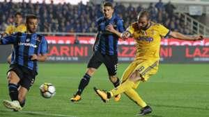 Leonardo Spinazzola Gonzalo Higuain Atalanta Juventus