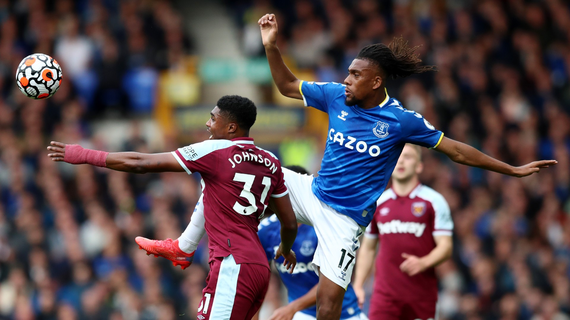 Iwobi nowhere near Everton's starting XI when everybody is fit – Agbonlahor