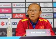 Park Hang-seo Vietnam vs Philippines AFF Suzuki Cup 2018 (5)