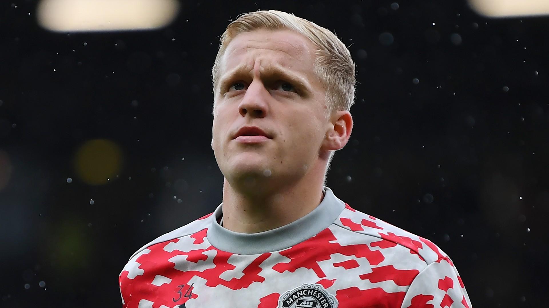Solskjaer accused of 'blatantly lying' to Van de Beek as former Man Utd midfielder Ince urges January transfer