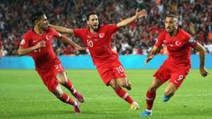 Cenk Tosun Hakan Calhanoglu Turkey Albania 11102019