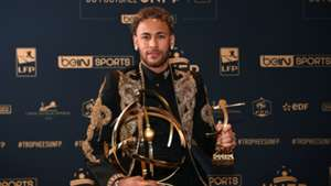 Neymar PSG Ligue 1 Best Player Award 13052018