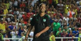 Ronaldinho con la camiseta del Deportivo Cali