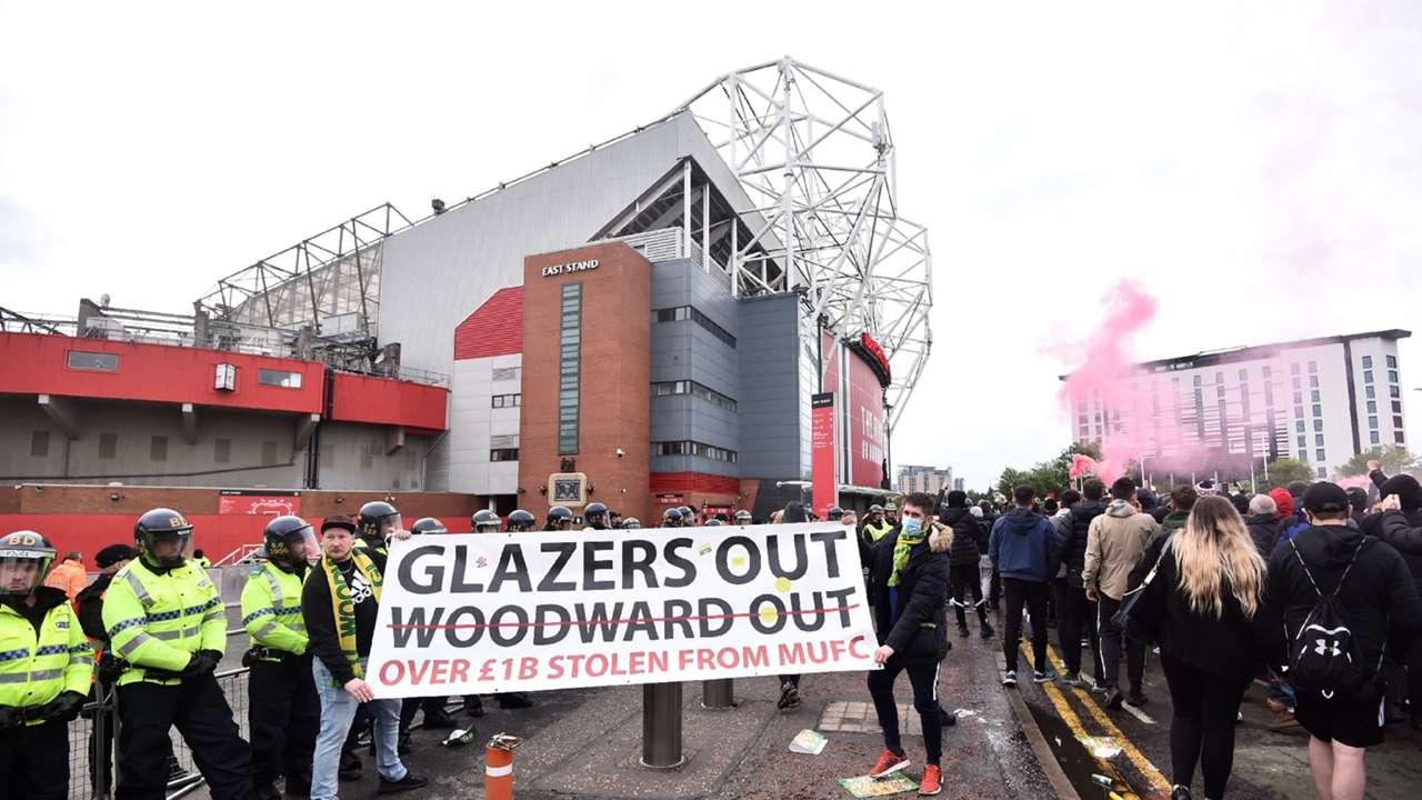 Man Utd Liverpool protests Premier League 13/5