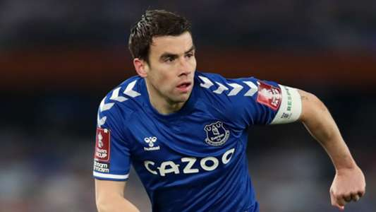 'That might be in your head, Jamie' – Everton captain Coleman responds to Carragher's suggestion of injury dig at Liverpool