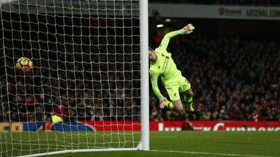 Simon Mignolet Liverpool Arsenal 2017