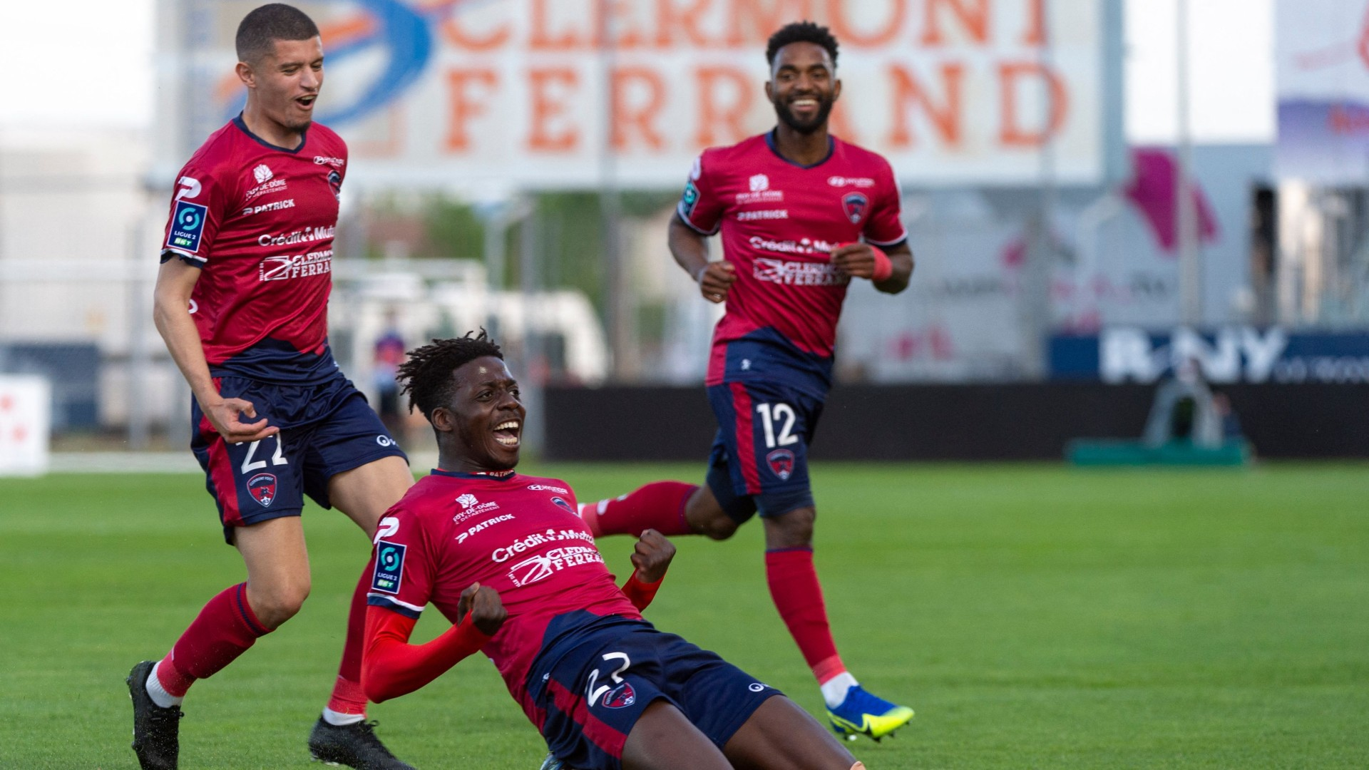 Ligue 1 Wrap: Bahoken, Khazri & Dossou score as Kouyate sees red