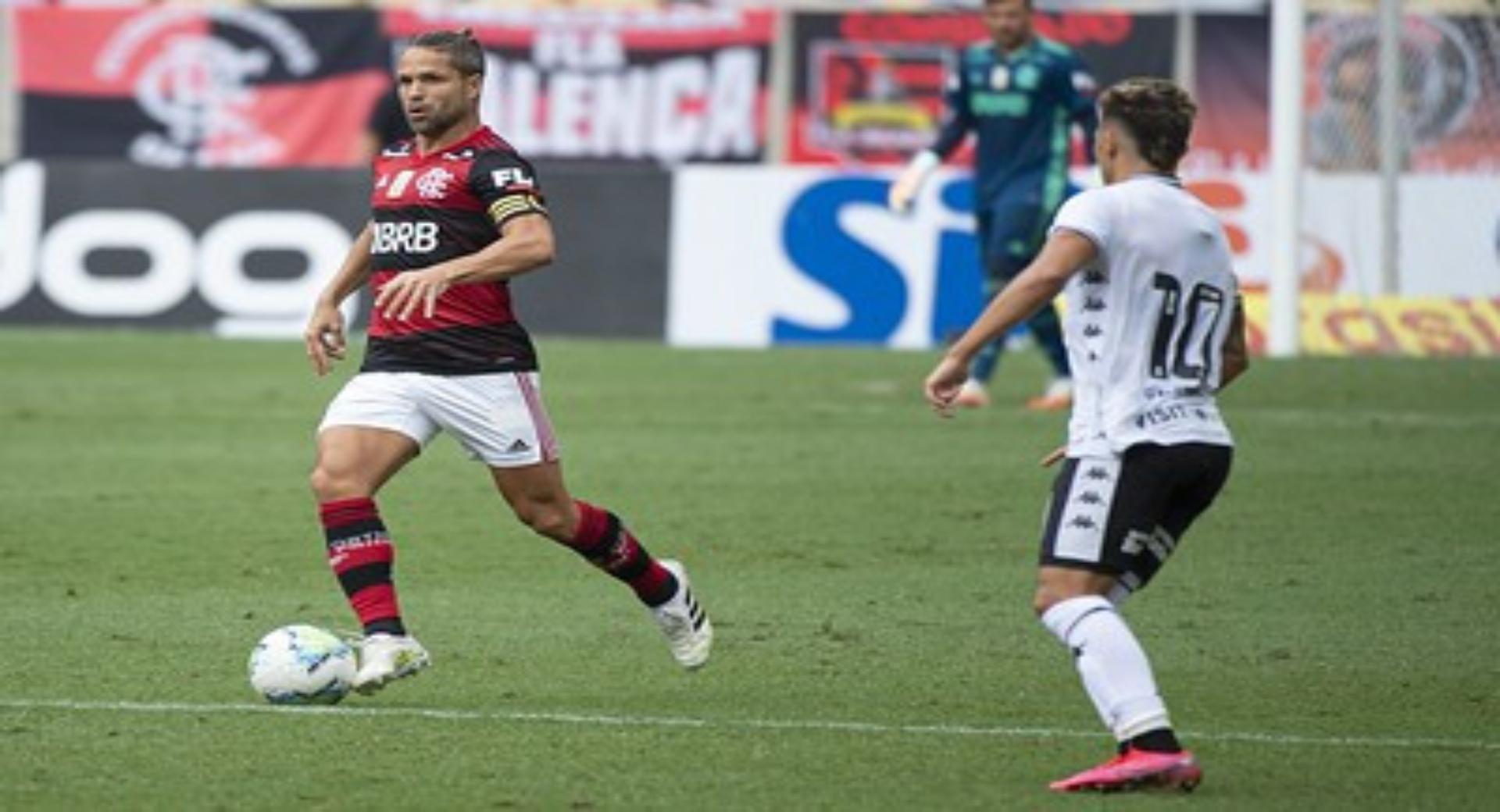 Flamengo 1 X 1 Botafogo Com Gols Nos Acrescimos Classico Termina Empatado No Maracana Goal Com
