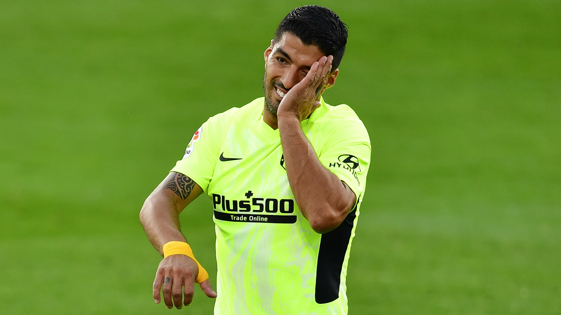 How I cried over treatment at Barcelona - Suarez