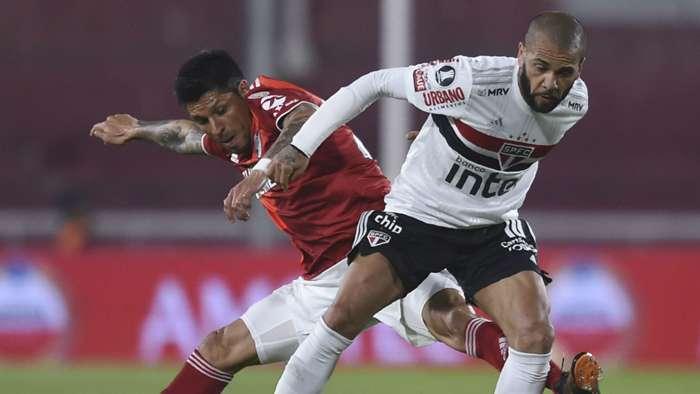 Enzo Perez Dani Alves River Plate Sao Paulo Libertadores 30092020