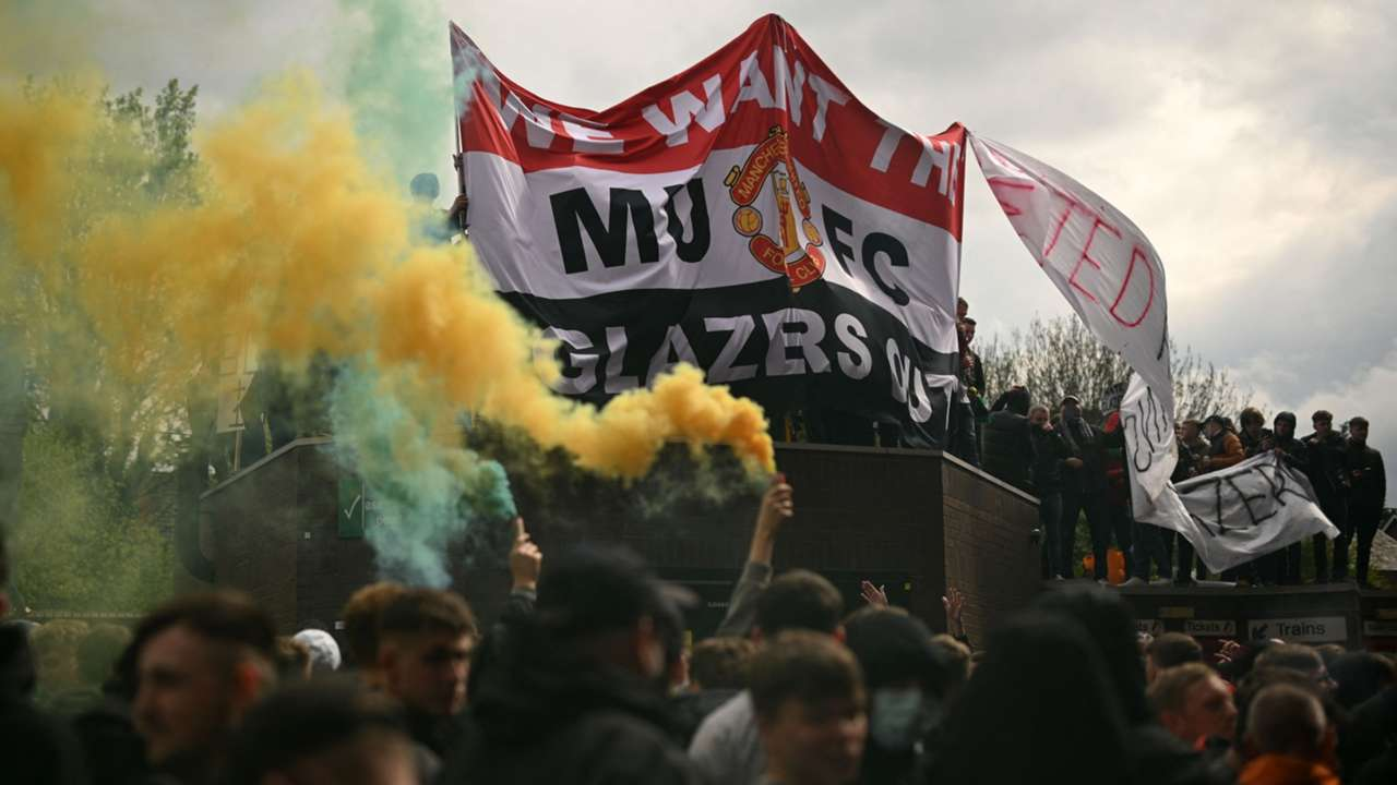 Man Utd protests 2021