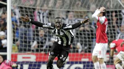 Cheik Tiote Newcastle United v Arsenal Premier League 05022011