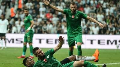 Besiktas Akhisarspor Mustafa Yumlu Larin 081218
