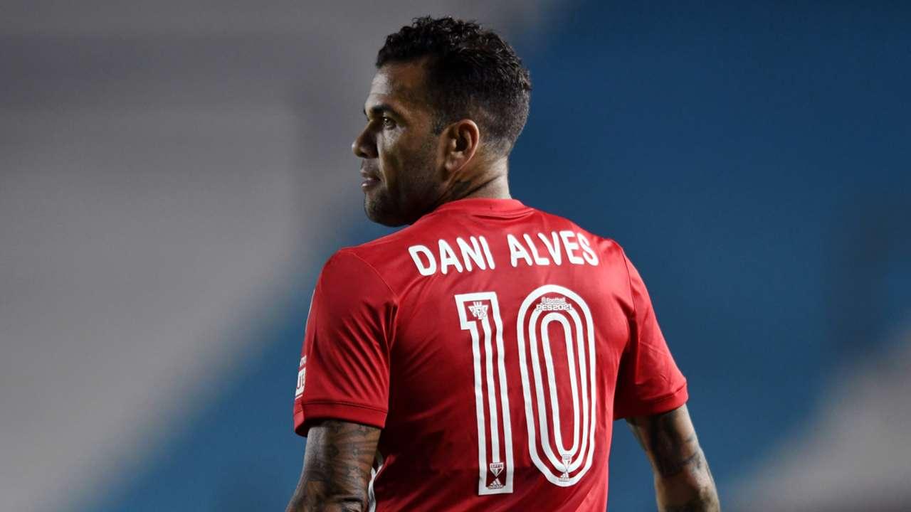 Dani Alves Sao Paulo
