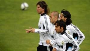 Sergio Ramos Dani Parejo Fabio Cannavaro Raul Real Madrid 2009