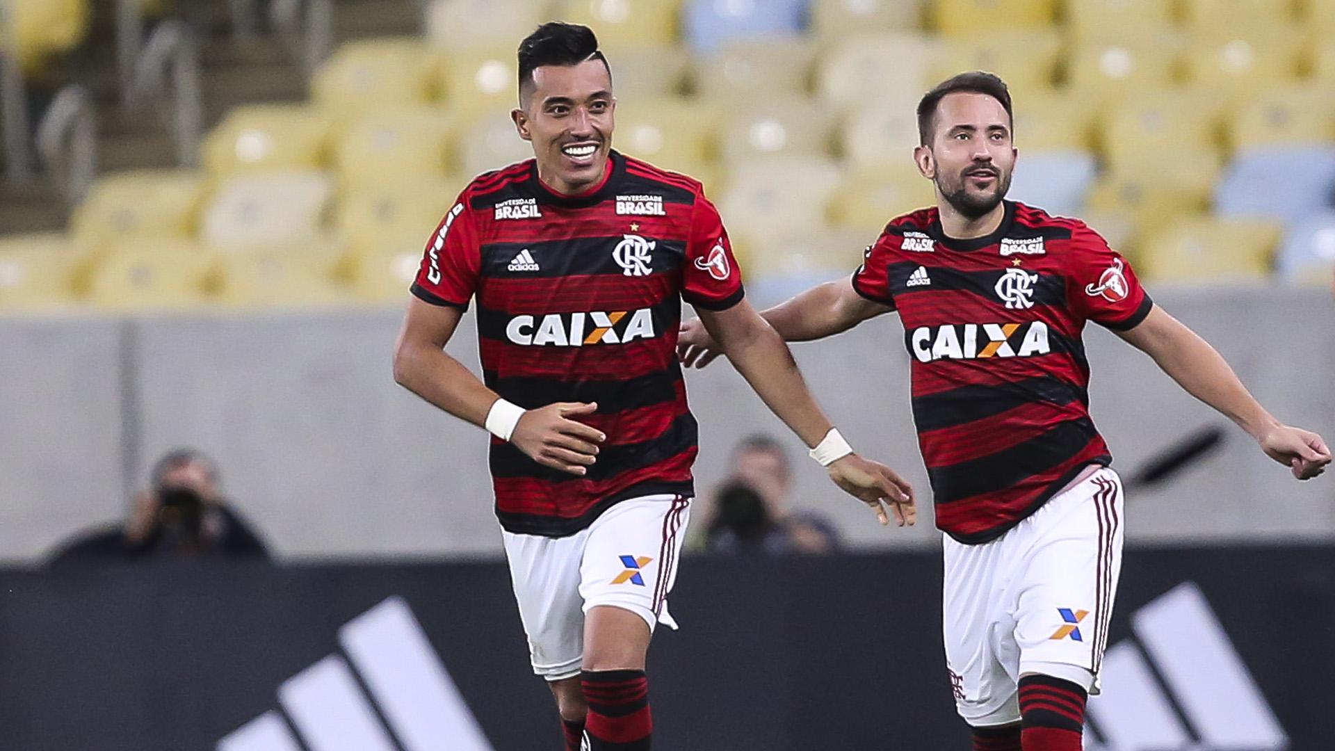 Fernando Uribe Everton Ribeiro Flamengo Grêmio Brasileirão Série A 21112018