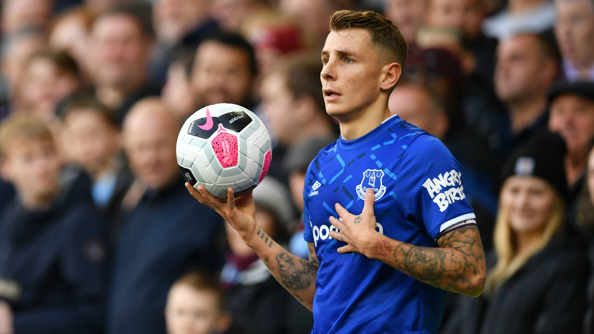 Digne Everton Captaincy Is A Special Honour Goal Com