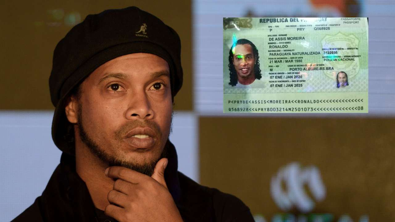 Ronaldinho Passport split