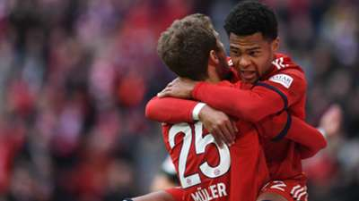 Thomas Müller Serge Gnabry FC BAyern München