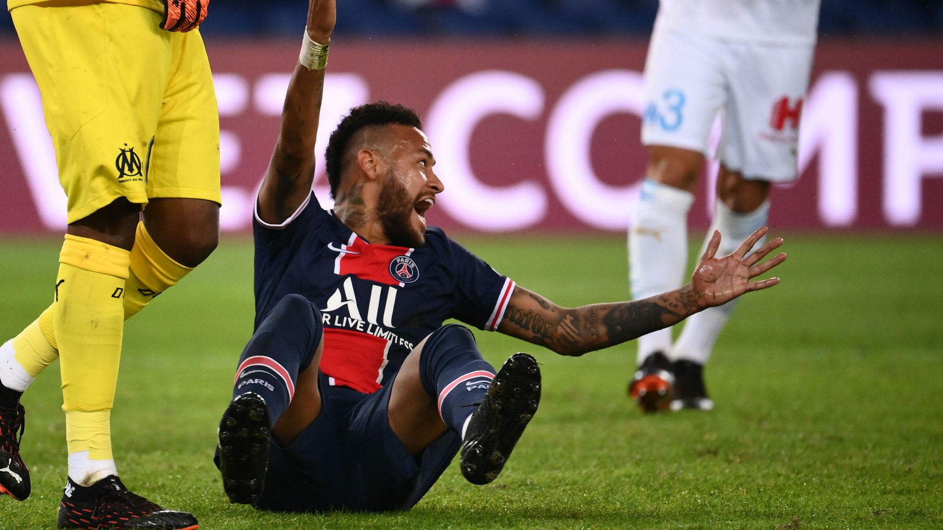 International : PSG : Neymar accuse Alvaro de racisme