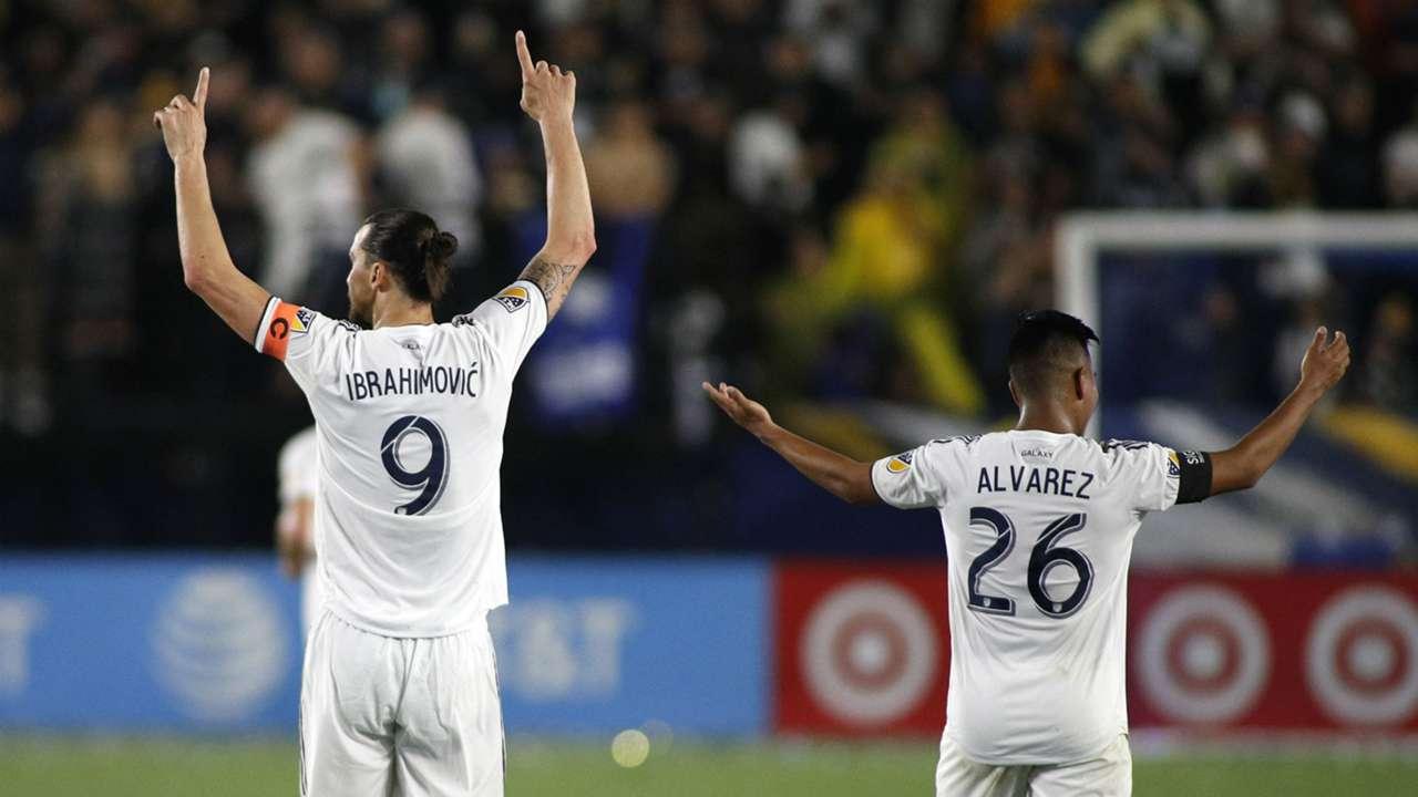 Zlatan Ibrahimovic Efrain Alvarez LA Galaxy Chicago Fire