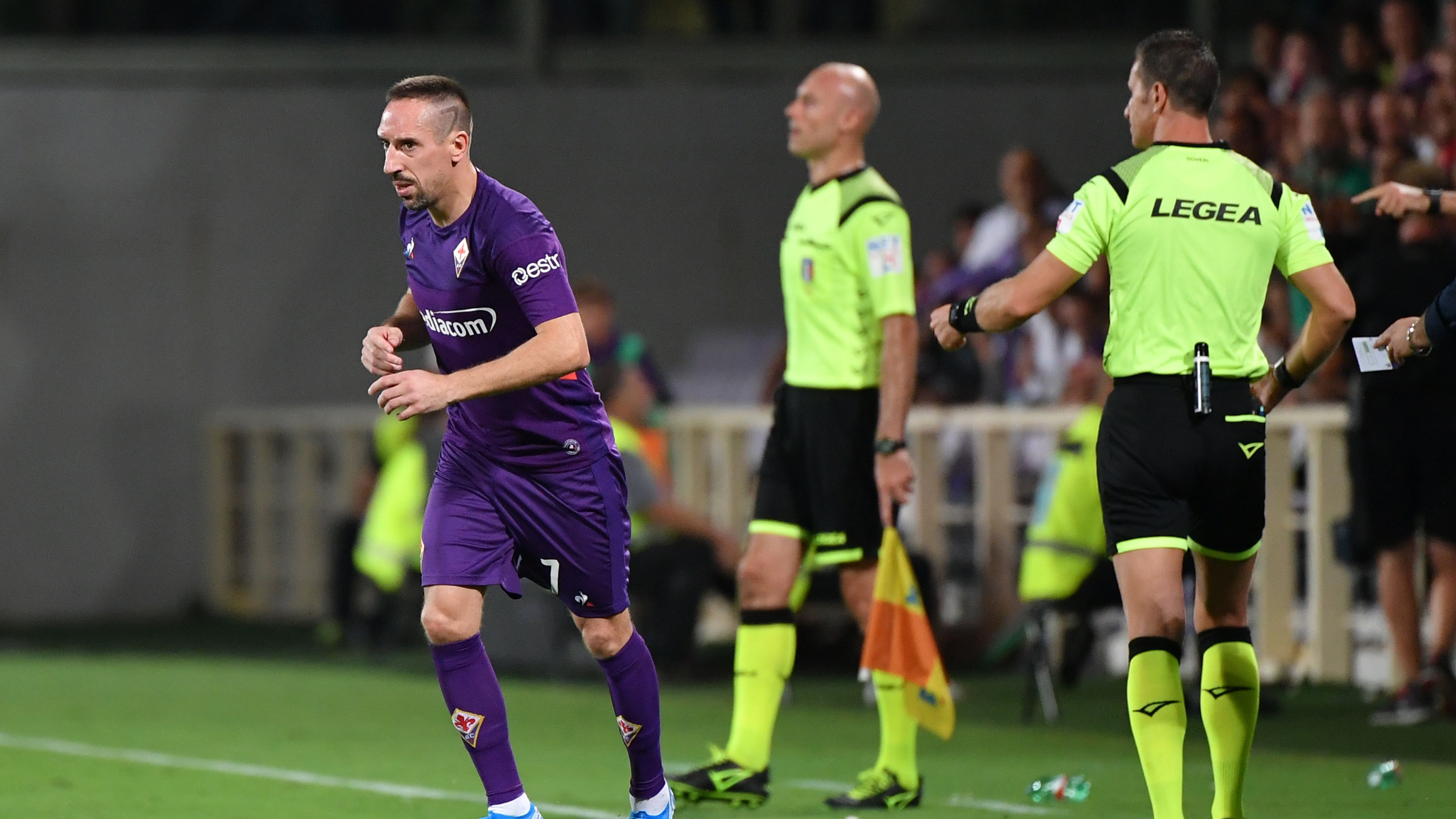 Ribery facing lengthy Serie A ban for pushing linesman in Lazio ...