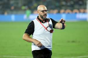 'It is crazy!' - Kerala Blasters boss Eelco Schattorie disappointed with the refereeing