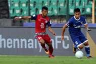Jerry Lalrinzuala of Chennaiyin FC and Jerry Mawhmingthanga of Jamshedpur FC